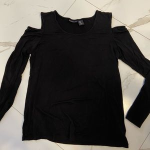 TAHARI cold shoulder top | Size Large | Like new